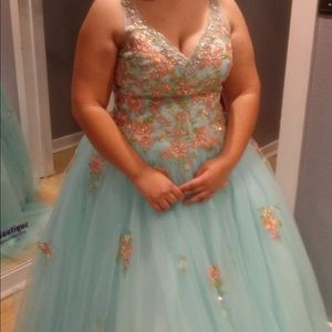 Xl corset back prom/Quincerra dress